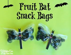 Halloween-Fruit-Bat-Snack-Bags