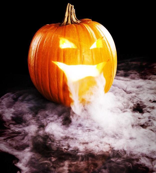 dry-ice-pumpkin
